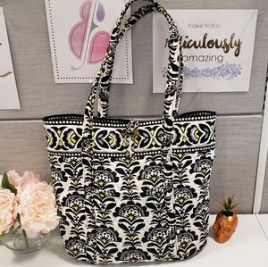 New WITHOUT tags Lg Vera Bradley Pleated Tote